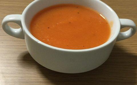 スープメーカーが便利。ほったらかしでスープができちゃう!