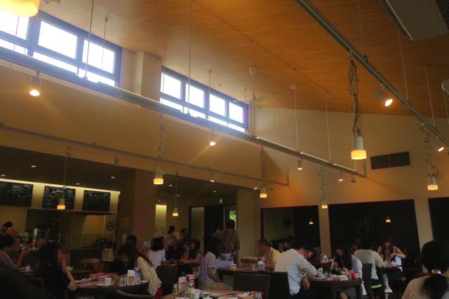 【八天堂カフェリエ】フレンチトースト風クリームパンが表面カリカリで絶品だったよ!